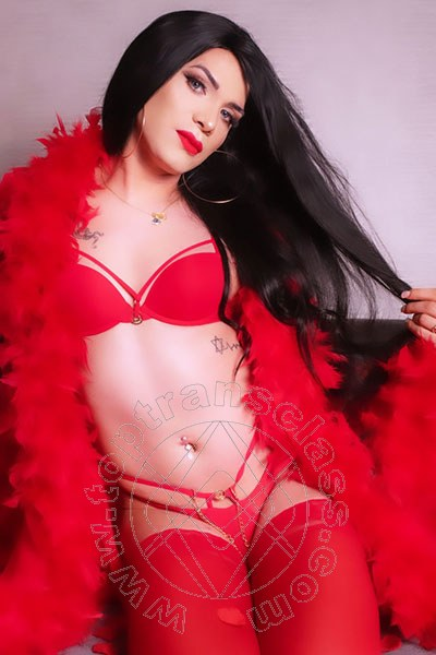 Diosa Canales  TRIESTE 3899864611